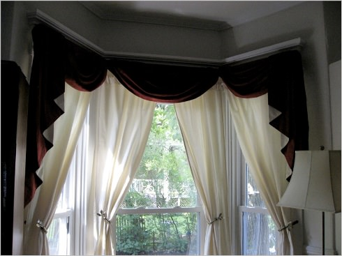 bay window curtain