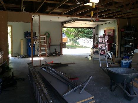 keeping garage clean