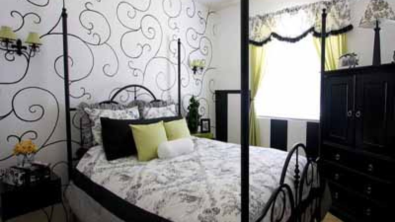 Wallpaper A Must For Your Home Decor Creative Home