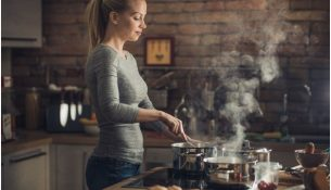 choosing essential cookware