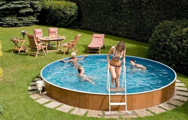 Upper Ground Swimming Pool